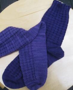 socks01-kp-eggplant